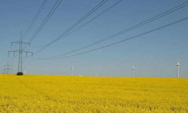 Bild: Thomas Kohler, High Voltage Line, Creative Commons Lizenz CC BY 2.0