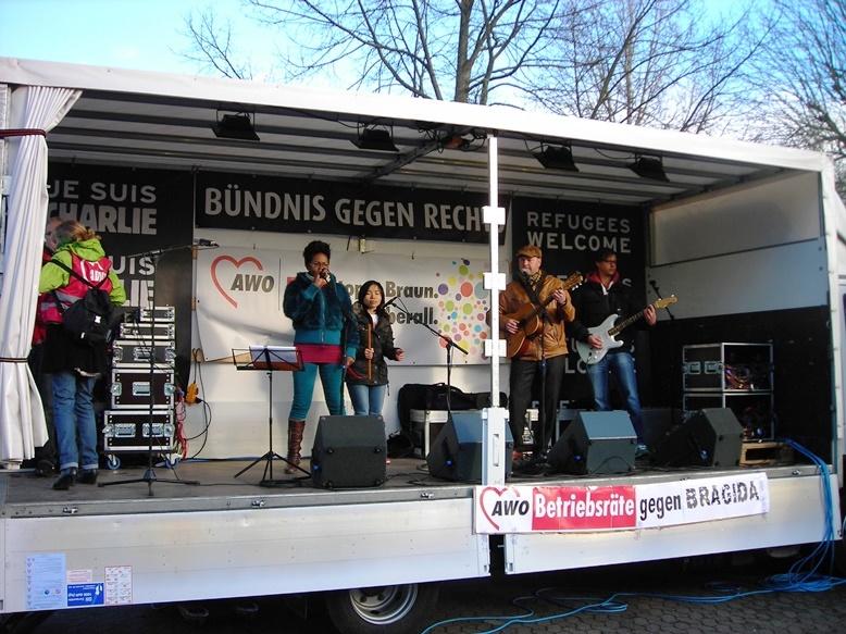 """Auch diesmal wieder mit Musik (""""No Bragida"""" Nr. 10)"""